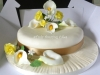 golden_wedding_anniversary_cake1