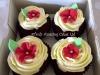 red_blossom_cupcake