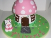 hello_kitty_toadstool_cake1_tac