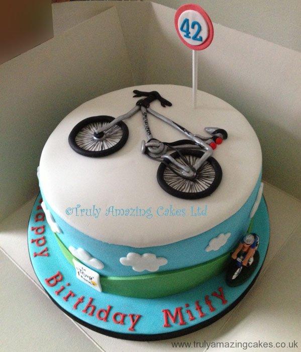 Truly Amazing Cakes - Mens' birthday cakes
